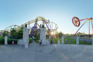 laronde-amusement-park-hoppin